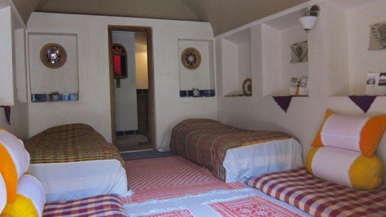 اتاق دو تخته هتل خانه ایرانی
