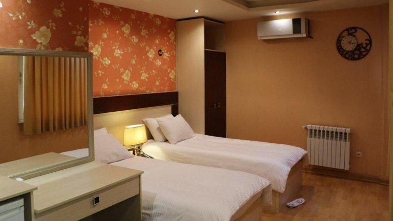 هتل شبستان رشت اتاق دو تخته تویین
