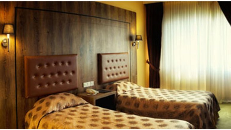 هتل پولاد کف شیراز
