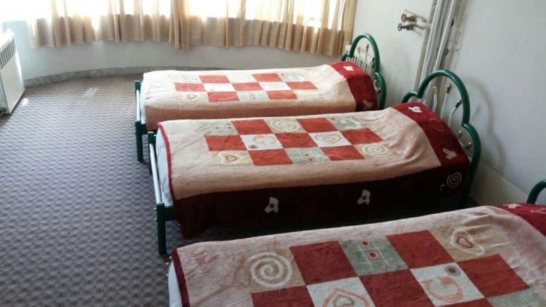 اتاق سه تخته هتل مهدی