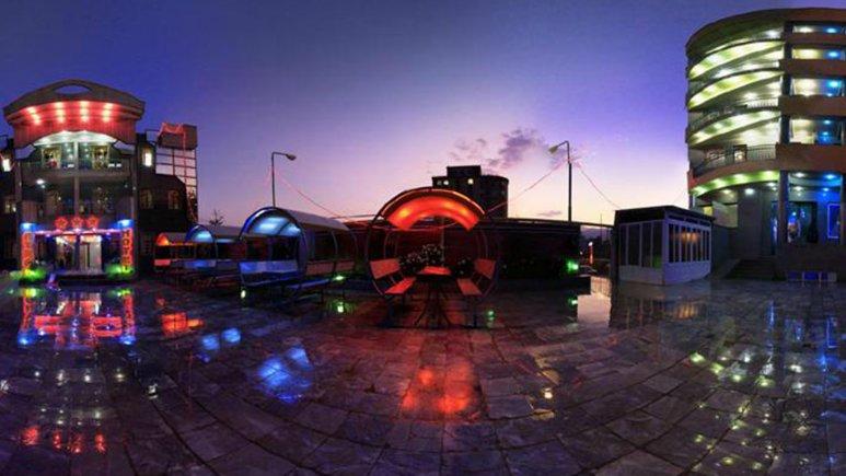 نمای بیرونی هتل اترک