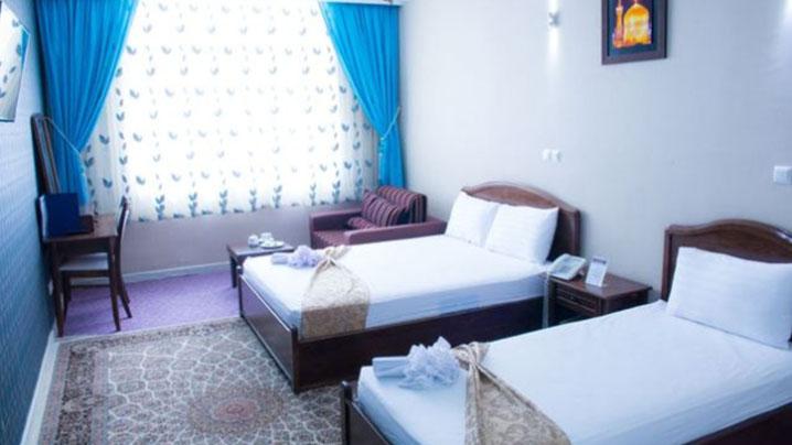 اتاق سه تخته هتل باختر