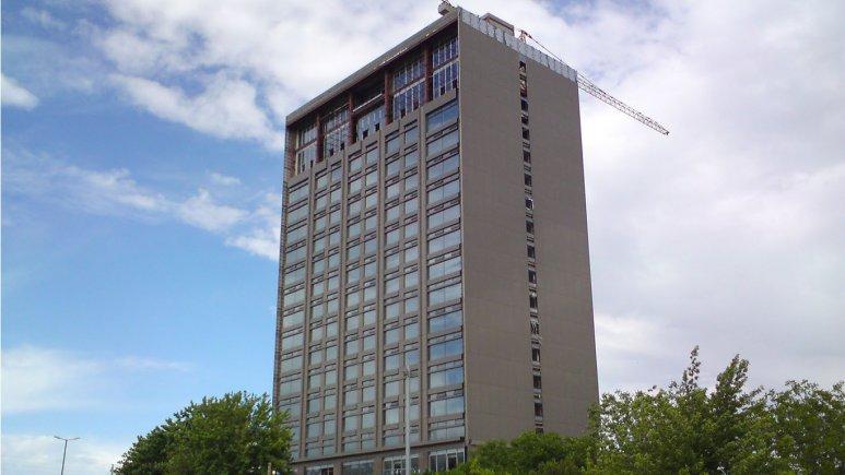نمای بیرونی هتل آنا ارومیه