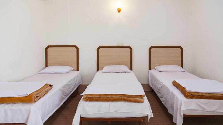 هتل سیاح کاشان اتاق سه تخته