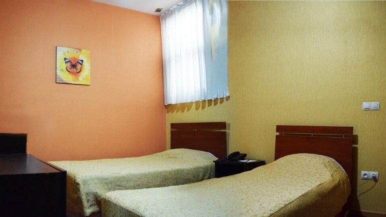 هتل پردیس مبارکه اصفهان اتاق دو تخته تویین 3