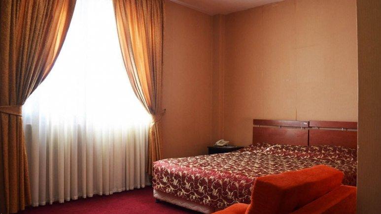 هتل پردیس مبارکه اصفهان اتاق دو تخته چشم انداز 1