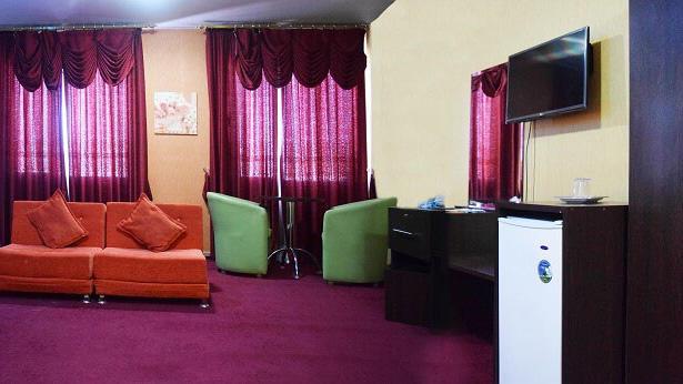 هتل پردیس مبارکه اصفهان سوئیت 1