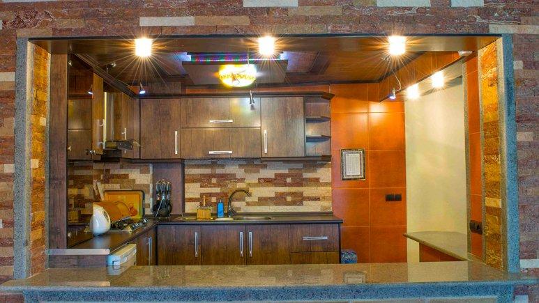 آشپزخانه ی ویلای هتل کوثر