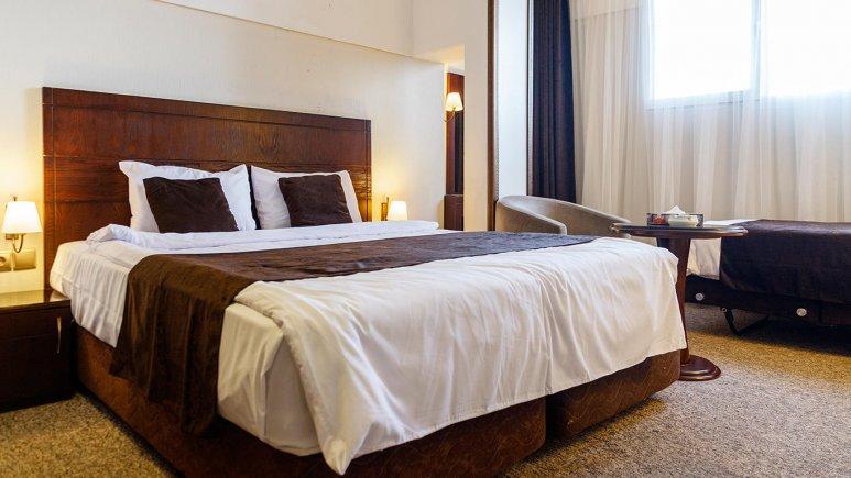 هتل جواهر شرق مشهد اتاق دو تخته دابل 1