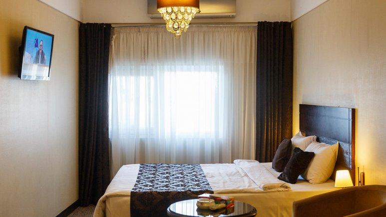 هتل جواهر شرق مشهد اتاق دو تخته دابل 2