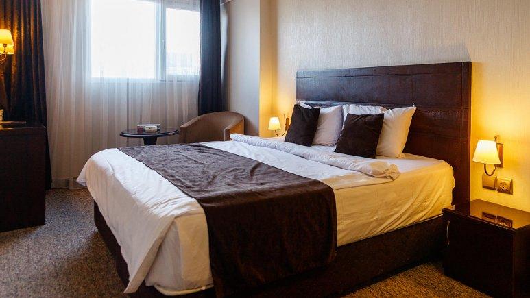 هتل جواهر شرق مشهد اتاق دو تخته دابل 3