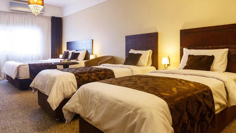 هتل جواهر شرق مشهد اتاق چهار تخته 1