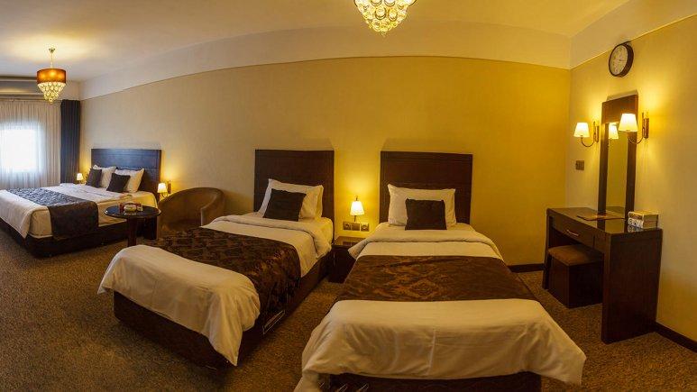 هتل جواهر شرق مشهد اتاق چهار تخته 2