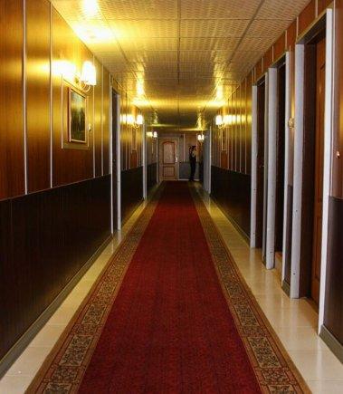 راهرو هتل نادری اهواز