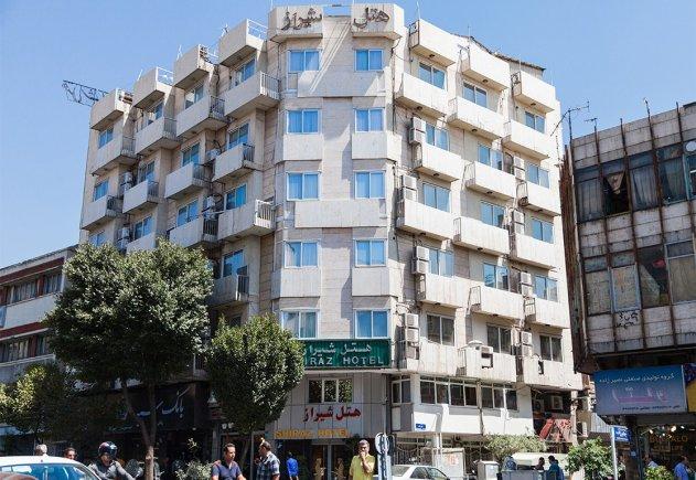 نمای بیرونی هتل شیراز