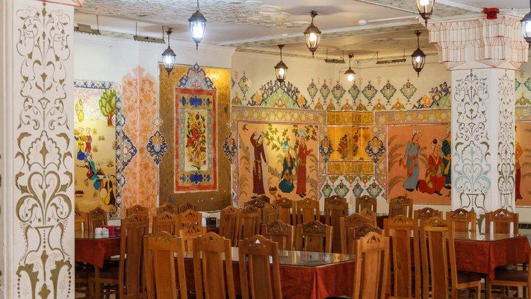 هتل سنتی ابن سینا اصفهان رستوران