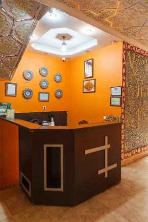 پذیرش هتل سنتی ابن سینا