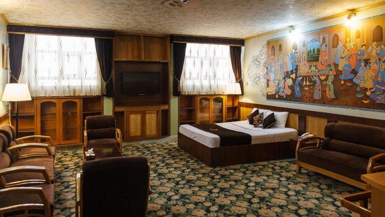 هتل ستاره اصفهان سوئیت دو تخته رویال 2