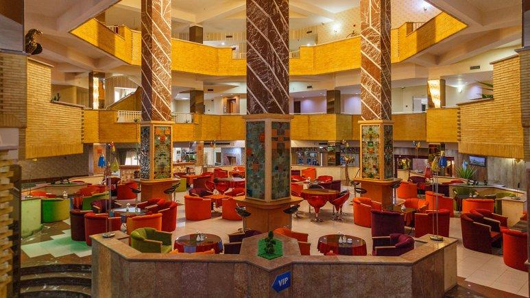 هتل پتروشیمی تبریز لابی 2