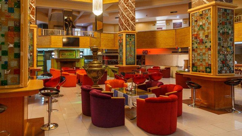هتل پتروشیمی تبریز کافی شاپ