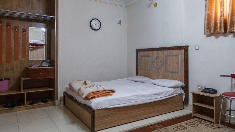 -هتل آپارتمان شارین مشهد اتاق دو تخته 2