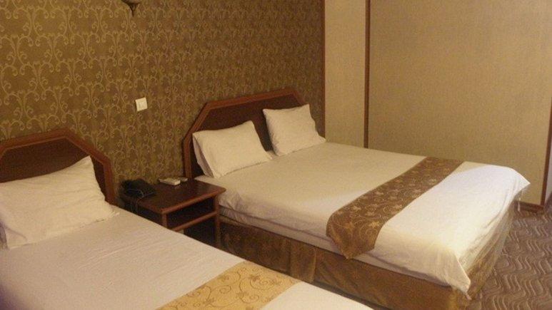 اتاق سه تخته هتل آرامیس