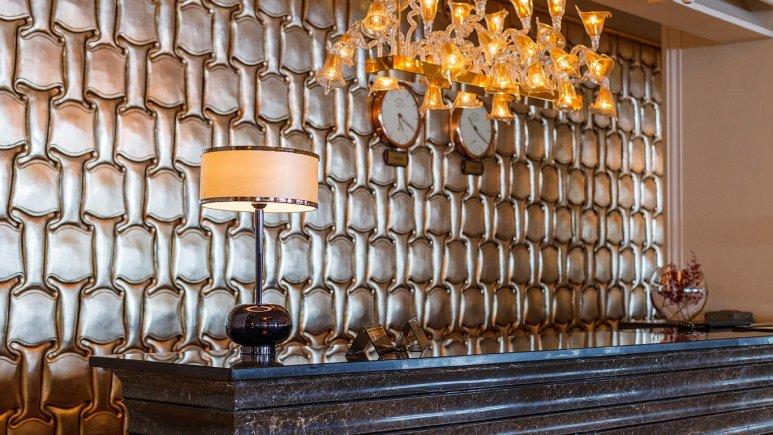 هتل اسپیناس پالاس بهرود تهران لابی 5