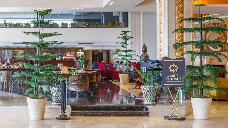 هتل اسپیناس پالاس بهرود تهران کافی شاپ