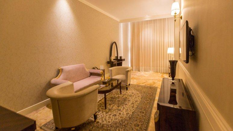 هتل اسپیناس پالاس بهرود تهران فضای داخلی اتاق ها 6