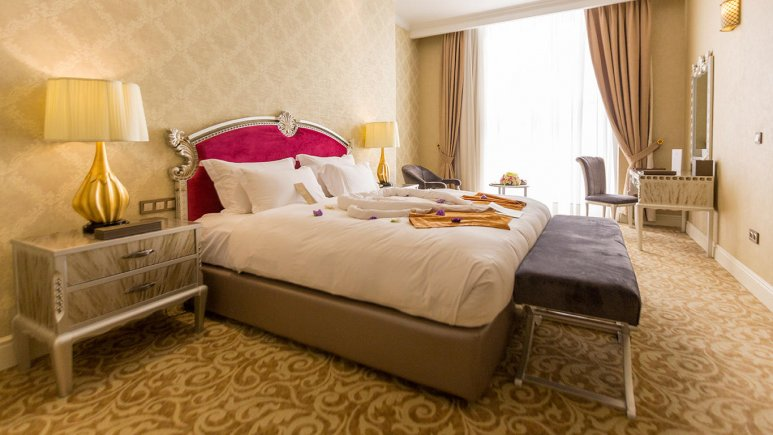 هتل اسپیناس پالاس بهرود تهران اتاق دو تخته دابل 3