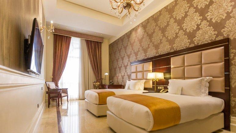 هتل اسپیناس پالاس بهرود تهران اتاق دو تخته تویین 2