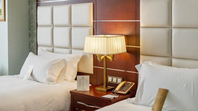 هتل اسپیناس پالاس بهرود تهران اتاق دو تخته تویین 3