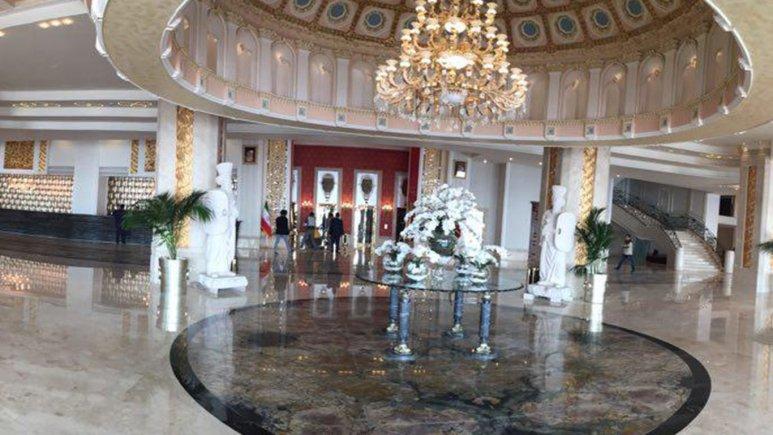 لابی هتل اسپیناس بهروز