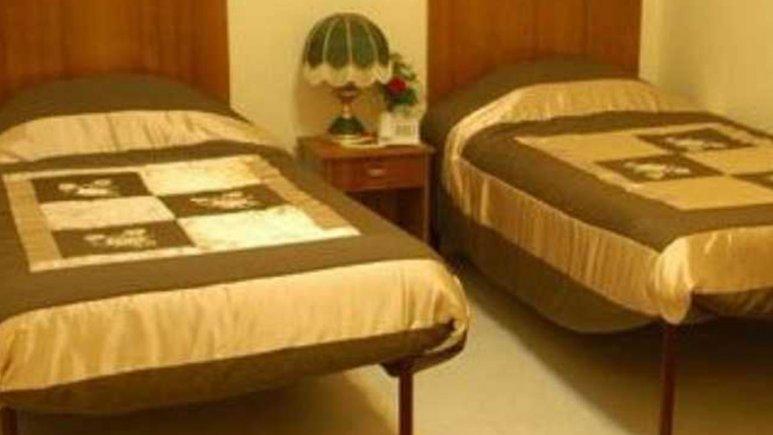 اتاق دو تخته هتل ملک
