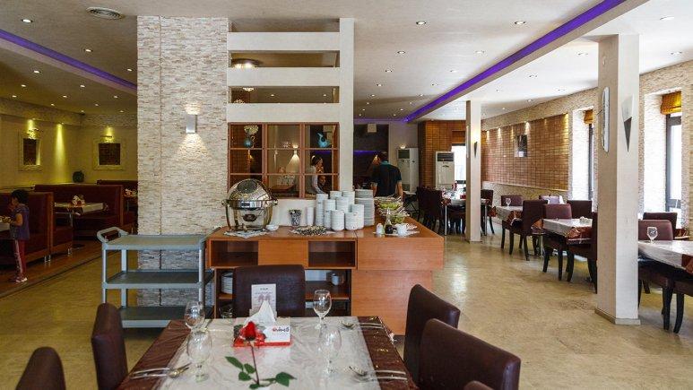هتل خانه رز کاشان رستوران 1