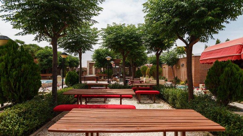 هتل خانه رز کاشان فضای بیرونی هتل 2
