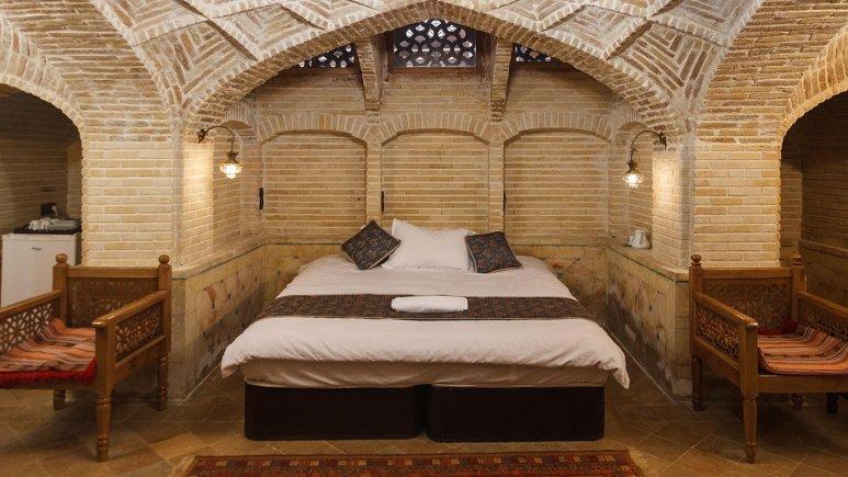 اتاق دبل هتل سنتی عتیق