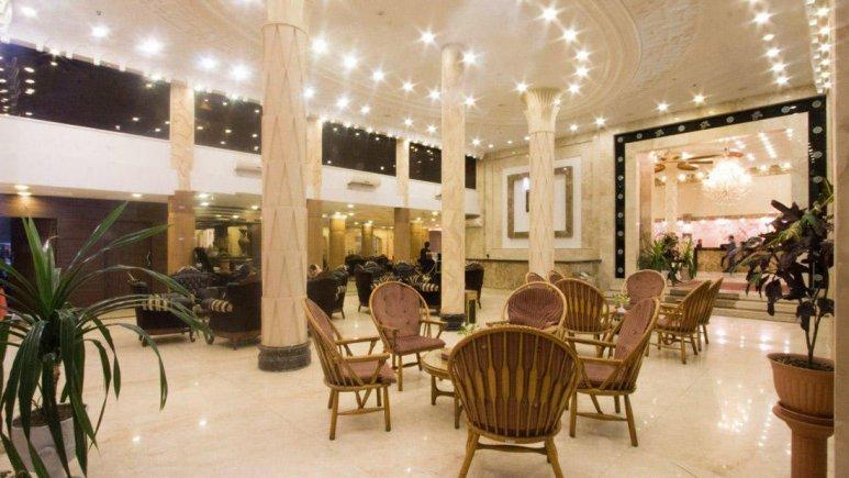 هتل باباطاهر همدان لابی 1