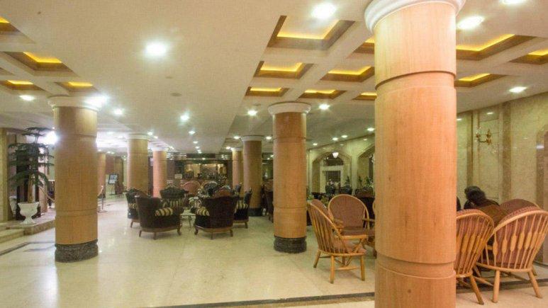 هتل باباطاهر همدان لابی 2