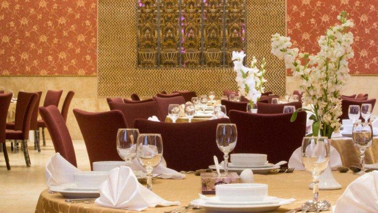 هتل باباطاهر همدان رستوران 2