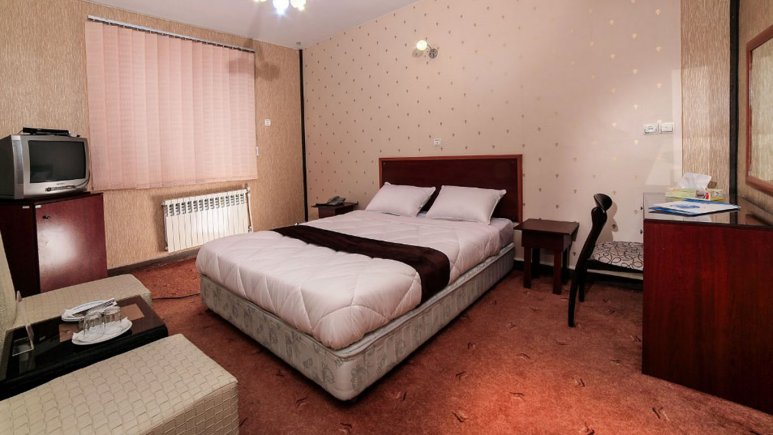 هتل جهانگردی علیصدر همدان اتاق دو تخته دابل