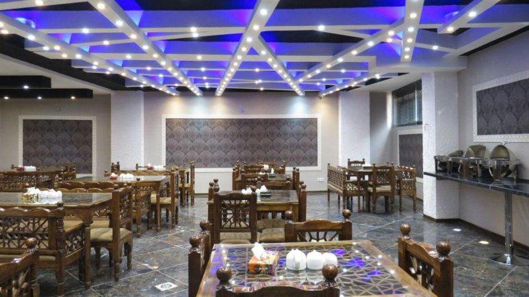 هتل آپارتمان کوروش کرمانشاه رستوران 2