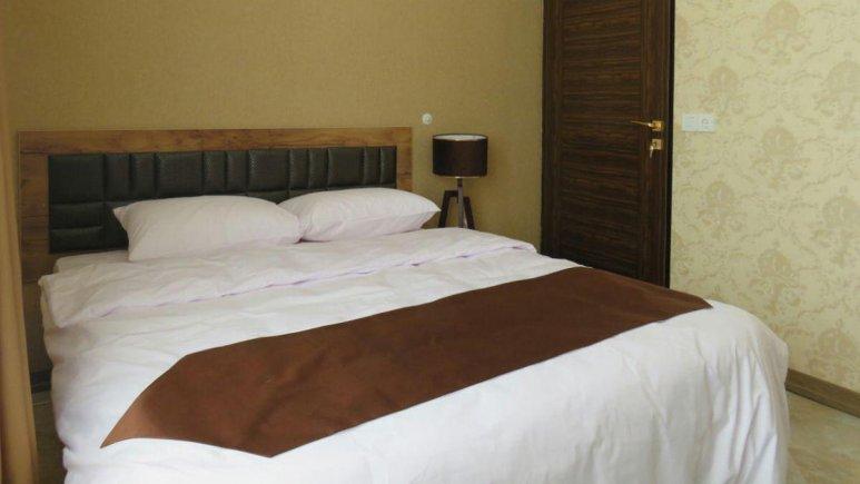 هتل آپارتمان کوروش کرمانشاه اتاق دوتخته دابل 4