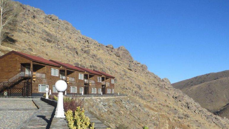 هتل گنجنامه همدان فضای بیرونی هتل 3