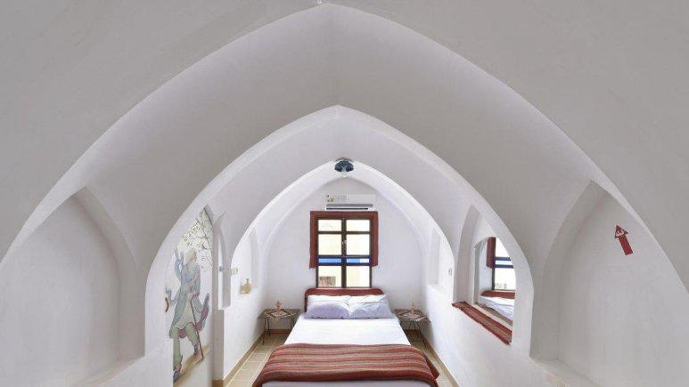 هتل سنتی نگین کاشان اتاق یک تخته برلیان