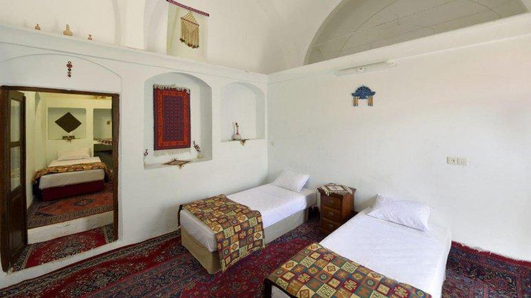 هتل سنتی نگین کاشان اتاق سه تخته الماس