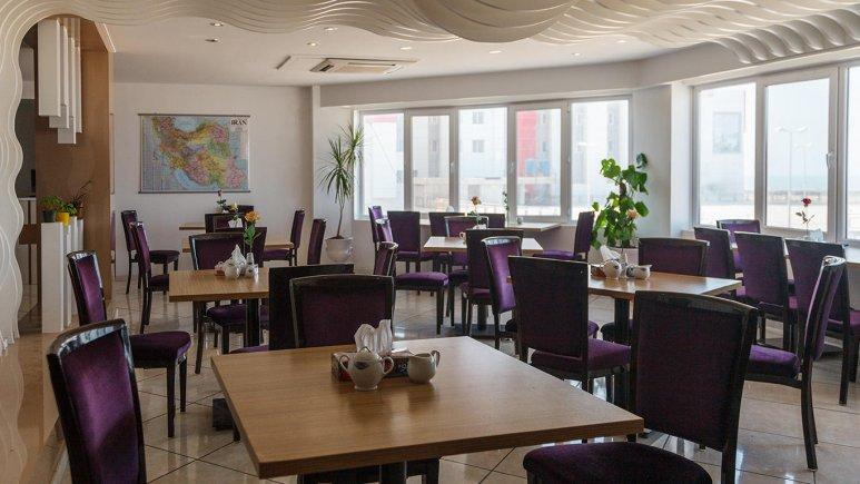 هتل سینگو درگهان رستوران 2