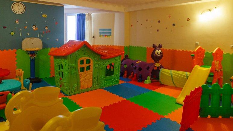 هتل سینگو درگهان فضای بازی کودکان