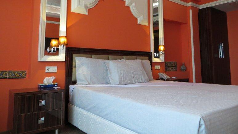 اتاق دو تخته دبل هتل نیلو