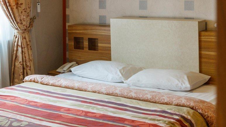 هتل فرهنگ و هنر مشهد اتاق دو تخته دابل 1